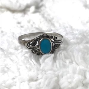 Vintage Sterling Silver Turquoise Stone Ring